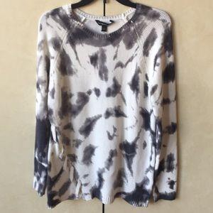 NWT Rock & Republic Grey/White Sweater